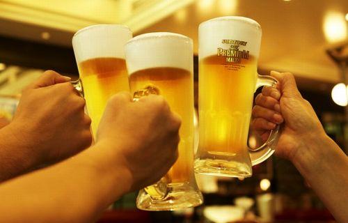 「酒離れ」は本当か? 「酔っぱらわない」飲みスタイル