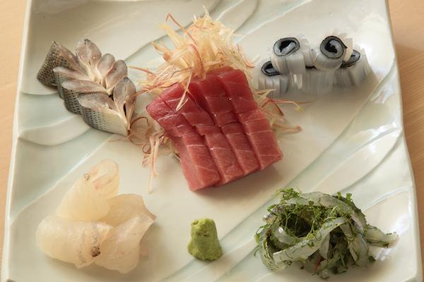 魚料理を一段上げる!寿司屋が教える刺身の粋技とは?