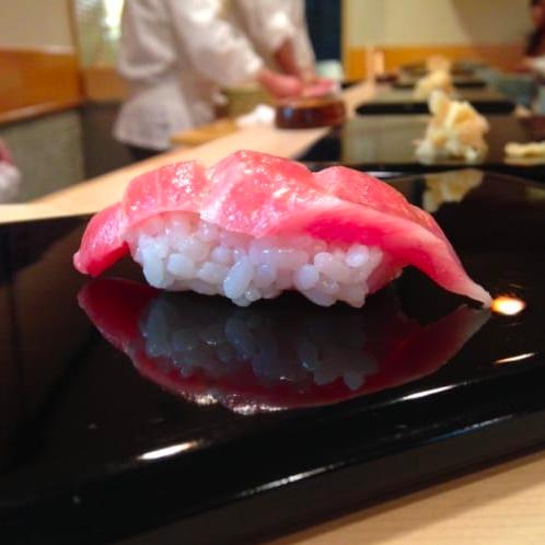 山本益博|「冬の鮨」【食いしん坊の作法 第14回】