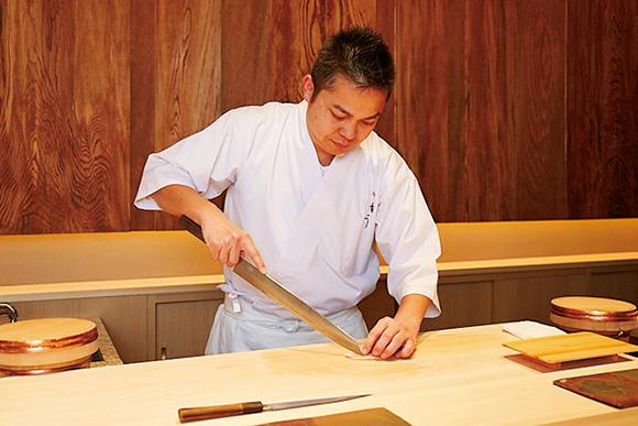 素材の繊細な味わいを引き出す、六本木の鮨 由う