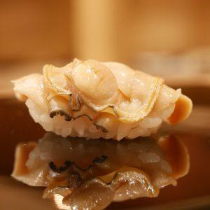 「煮ハマ」を知らずして江戸前鮨を語るなかれ!-SUSHI TIMES ORIGINALS-