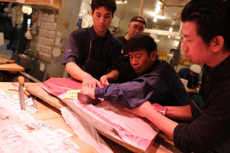 マグロ仲買人たちのプライド、一流の仕事 -SUSHI TIMES ORIGINALS-